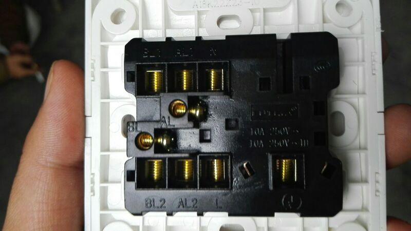 求助!福田a18k223z23两开五孔接线图