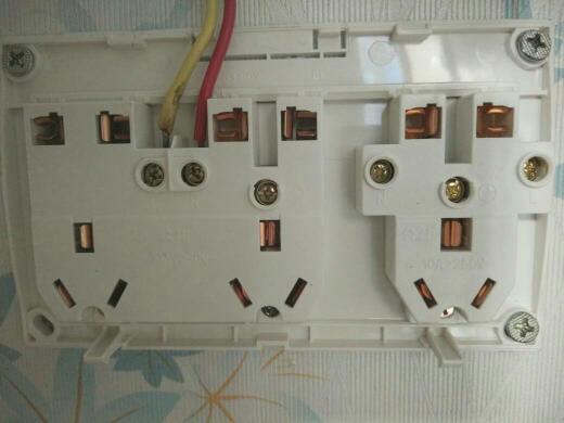这个插座怎么接线?