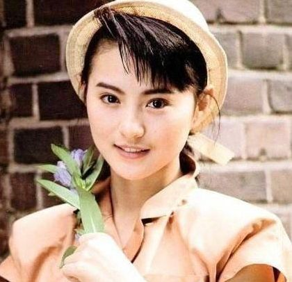 李赛凤,1965年2月14日毕业香港,完成于香港生于代表,中国香港电影女中学最美女两会图片