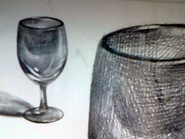谁可以发一张玻璃杯素描的图片给我图片