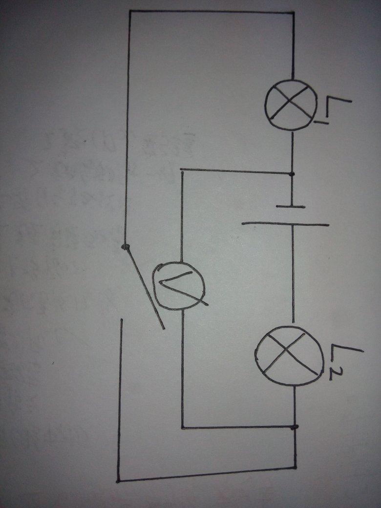 如下这张电路图,闭合开关.电源电压保持6v不变,电压表