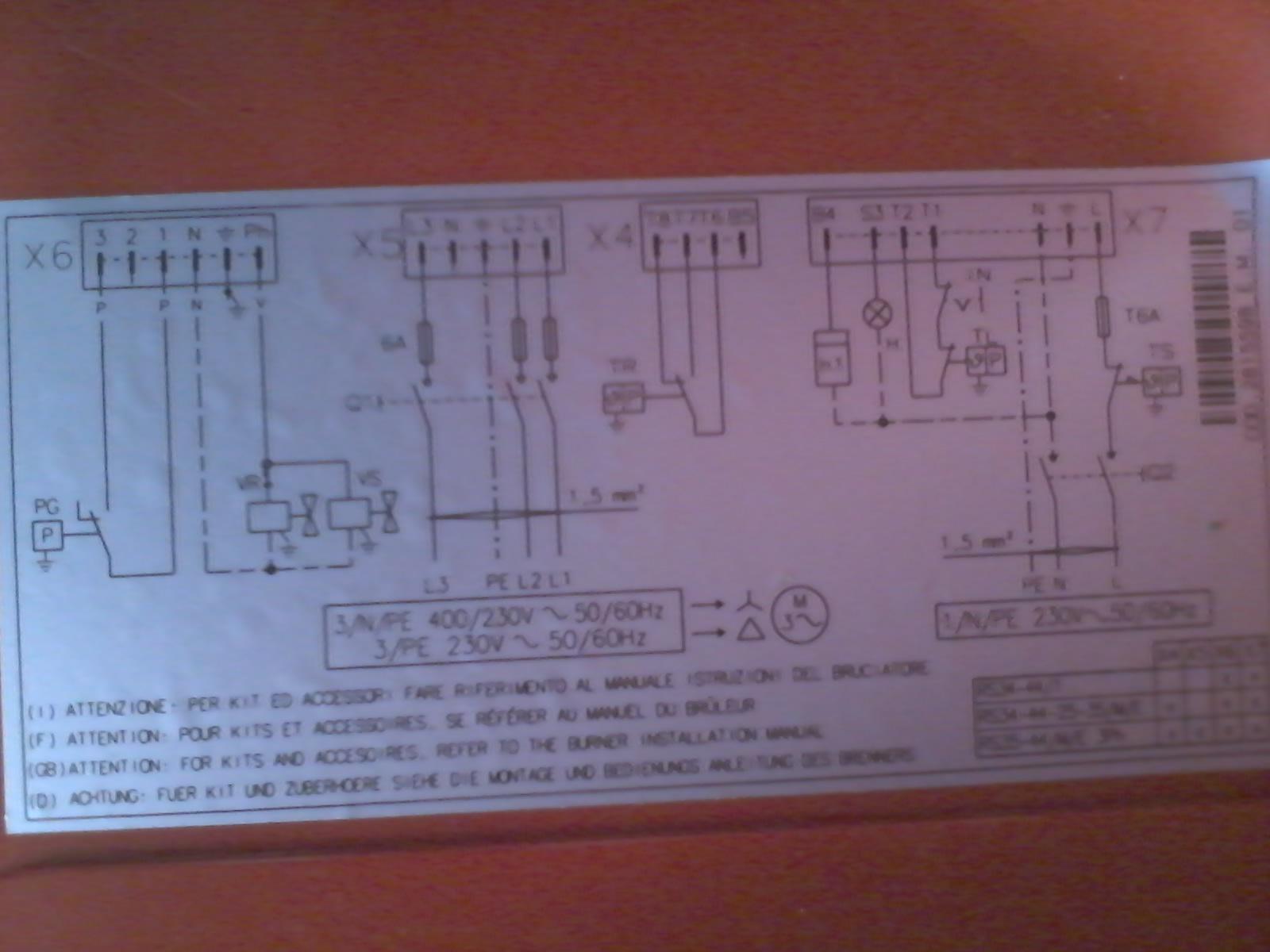 帮忙看下这个电路图,是锅炉燃烧机控制图,刚学,帮帮忙
