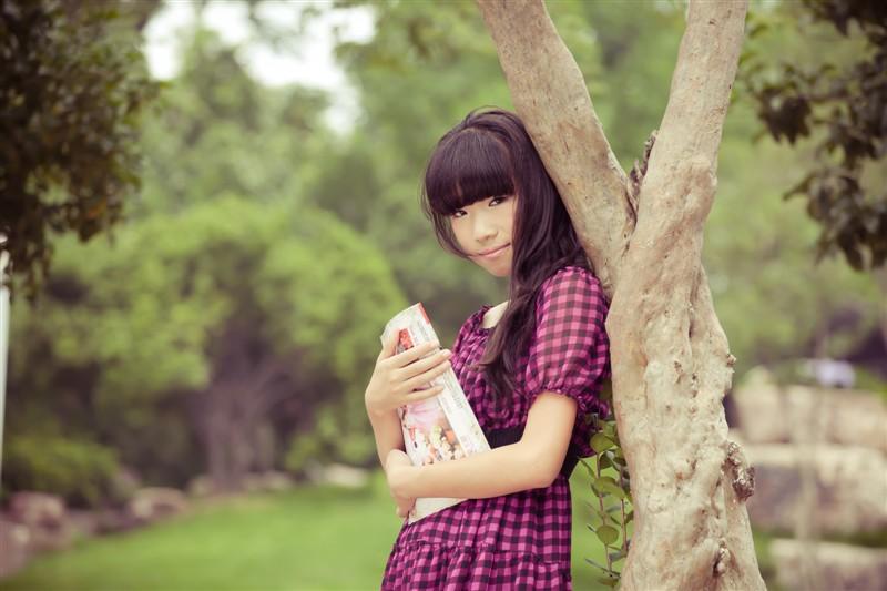 谁有15岁可爱女孩的照片啊