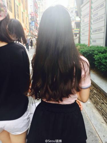 请问这种发型叫什么?只烫这款的发尾加上空气刘海大概多少钱?图片