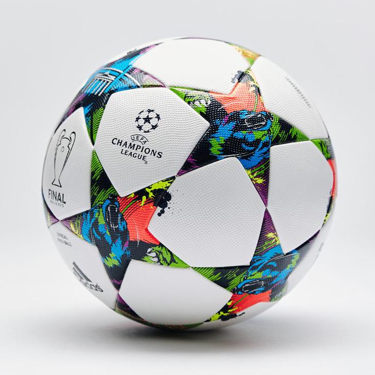 历届欧冠专用球都什么样的.图片