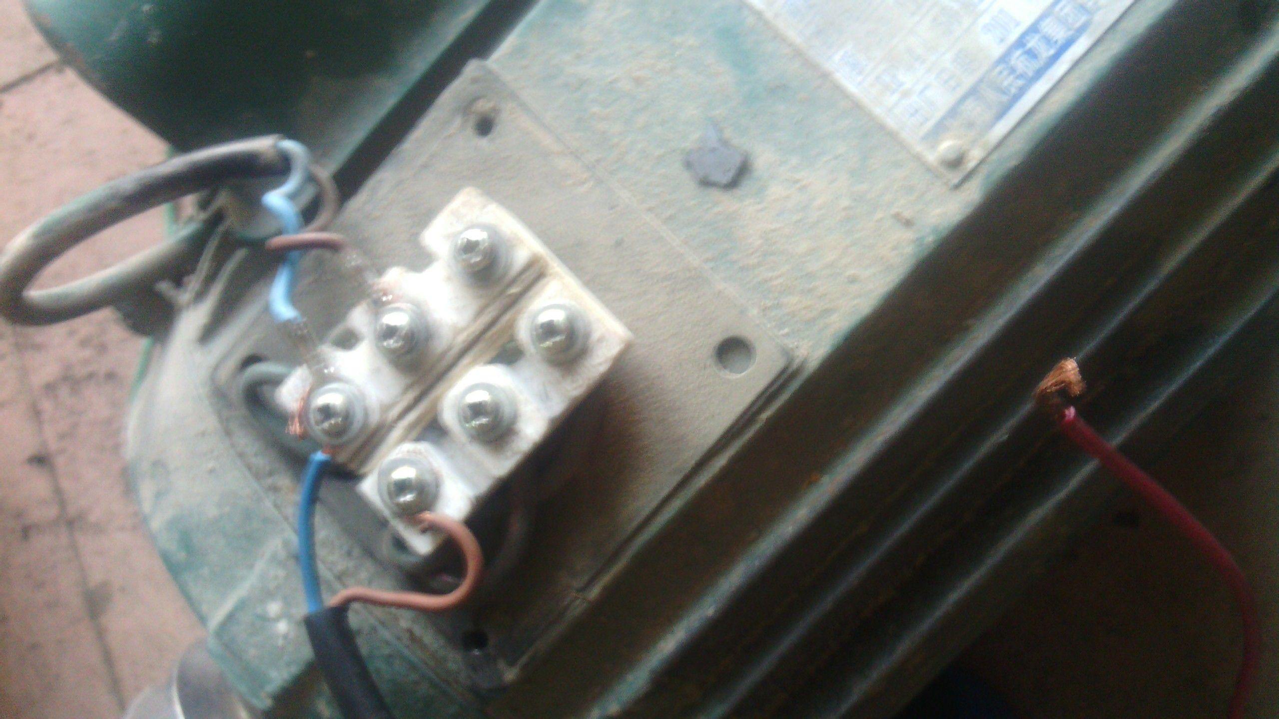 单相电机的接线图