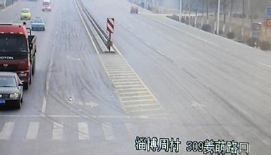 十字路口这个地方掉头要看红绿灯吗