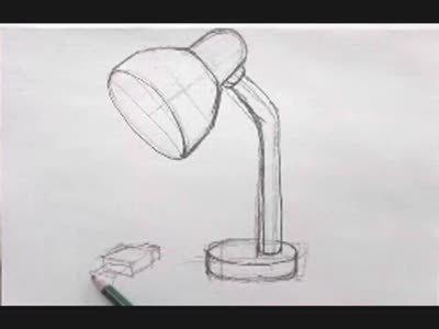 有台灯的设计素描