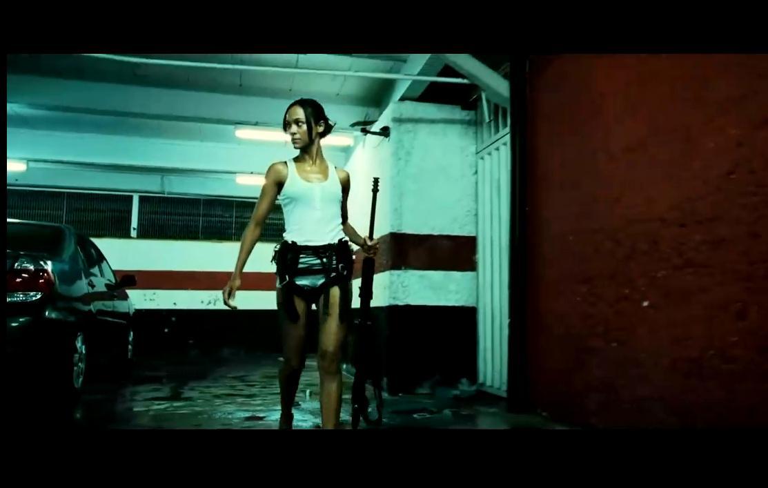 求小说名,场景有swat队员追一个拿着改编枪的女古装.逃犯狙击的好看的电影电视剧图片