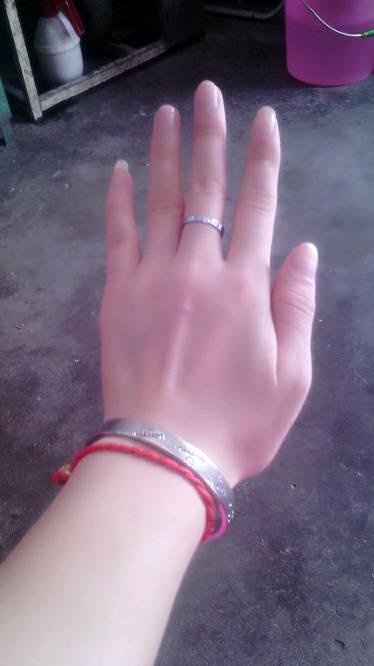 像男生的手还是女生的手?爆出你的手指