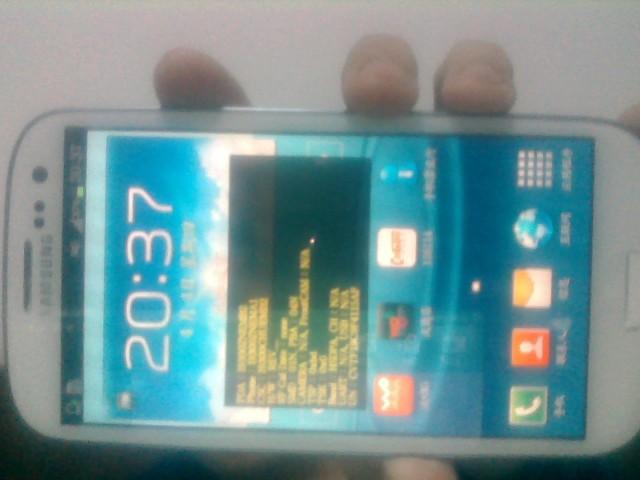 美女阴��f�k�^iN[�K��K�>���i��K��[_三星i9300手机出问题了,没有锁屏,有信号,插卡不能打电话,桌面有黄色