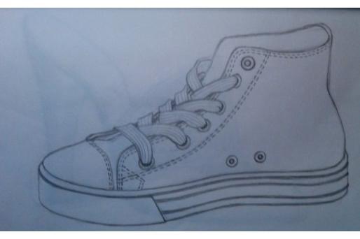 铅笔画运动鞋设计图