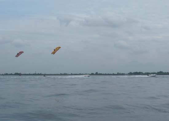 巴厘岛 飞鱼船算什么啊?
