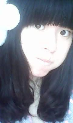 求多组可爱女生的照片 要求真实 可爱 最好是同一个人