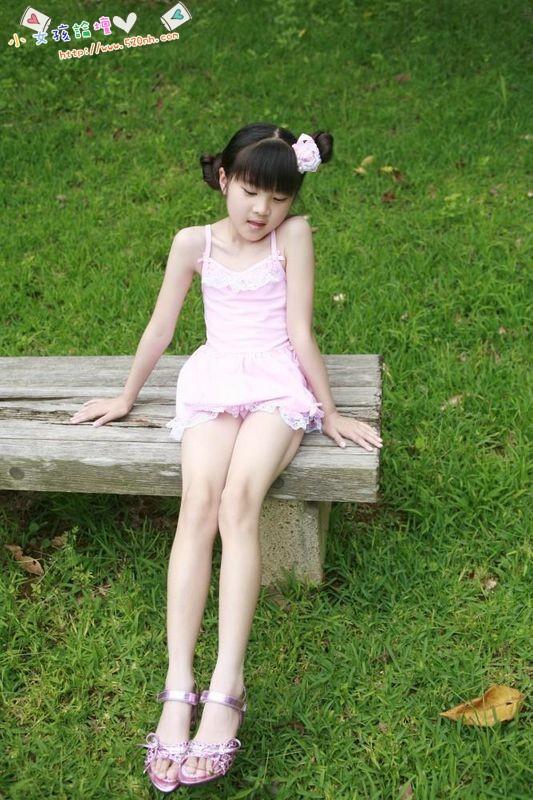有没有12~15岁的女生的图片?多给一些,可以不是同一个人,但是要真实,自然,可爱(这点最重要)。(图2)  有没有12~15岁的女生的图片?多给一些,可以不是同一个人,但是要真实,自然,可爱(这点最重要)。(图4)  有没有12~15岁的女生的图片?多给一些,可以不是同一个人,但是要真实,自然,可爱(这点最重要)。(图6)  有没有12~15岁的女生的图片?