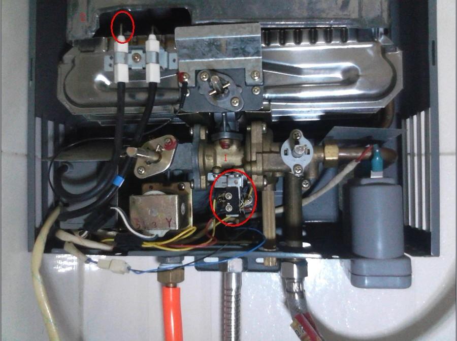 万家乐燃气热水器如何换电池