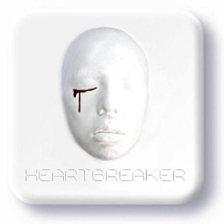 展开全部 这是权志龙个人专辑的(heartbreaker)  追问 是什么意思