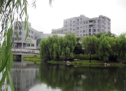武汉工程大学是个怎么样的大学呢?(图2)