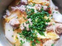 番茄白菜丸子汤---便秘小菜谱