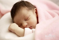 如何在天气寒冷时保护婴儿和儿童