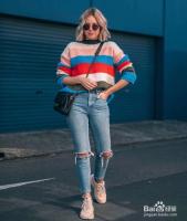 彩色毛衣如何穿搭比较好看