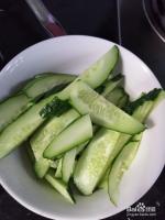 美味的黄瓜炒辣椒怎么做