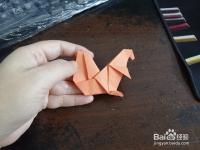 如何用纸折可爱的小松鼠