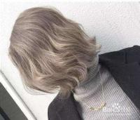 皮肤偏黄的人染什么颜色的头发比较好