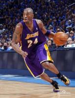 如何快速运球过人篮球