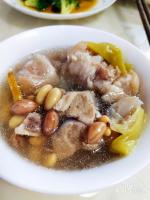 家常--花生黄豆炖猪蹄