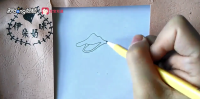如何用简笔画画出戴救生圈的鸭子