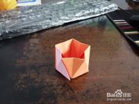 五角盒子怎么用纸折
