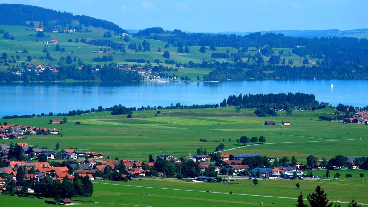 巴伐利亚不仅风景美丽,而且这也是德国最富裕的地区之一,世界著名的