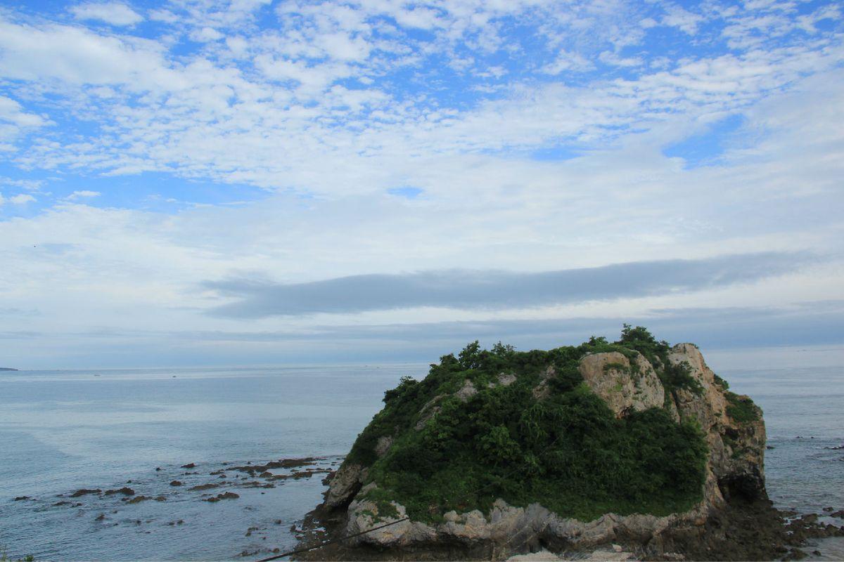礁石的小岛.图片