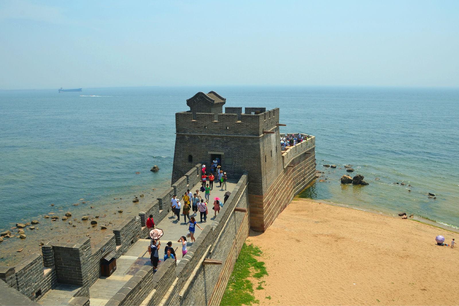 然后在天津滨海新区绕沿海高速到秦皇岛南戴河的路线,一路没有什么车