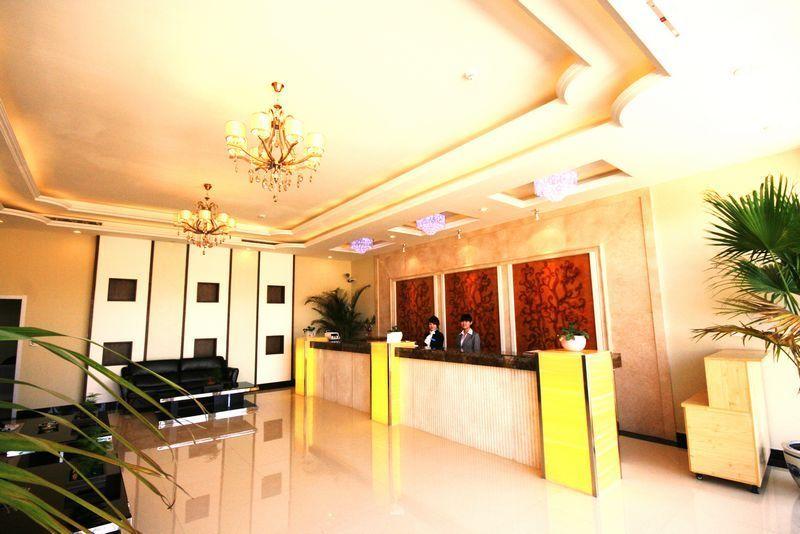 北京热带雨林风情园温泉酒店位于小汤山农业科技示范园东区,邻近温榆图片