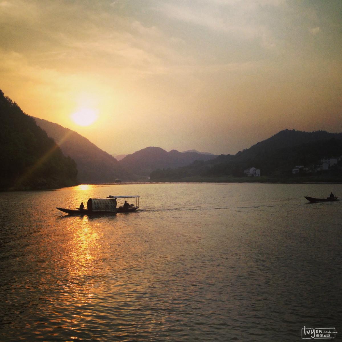 徒步新安江/船游千岛湖