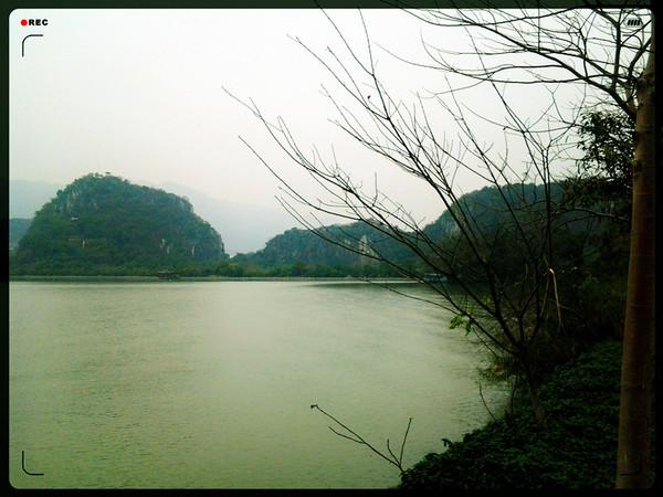 沿着绿道向南门出发,一路风景如画图片