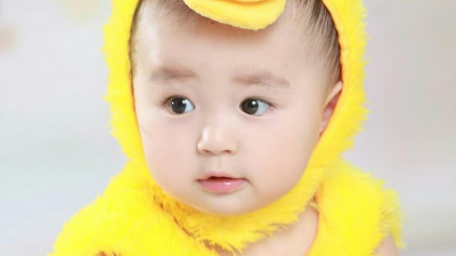 家里有个超级好看的小娃娃是种怎样的体验?
