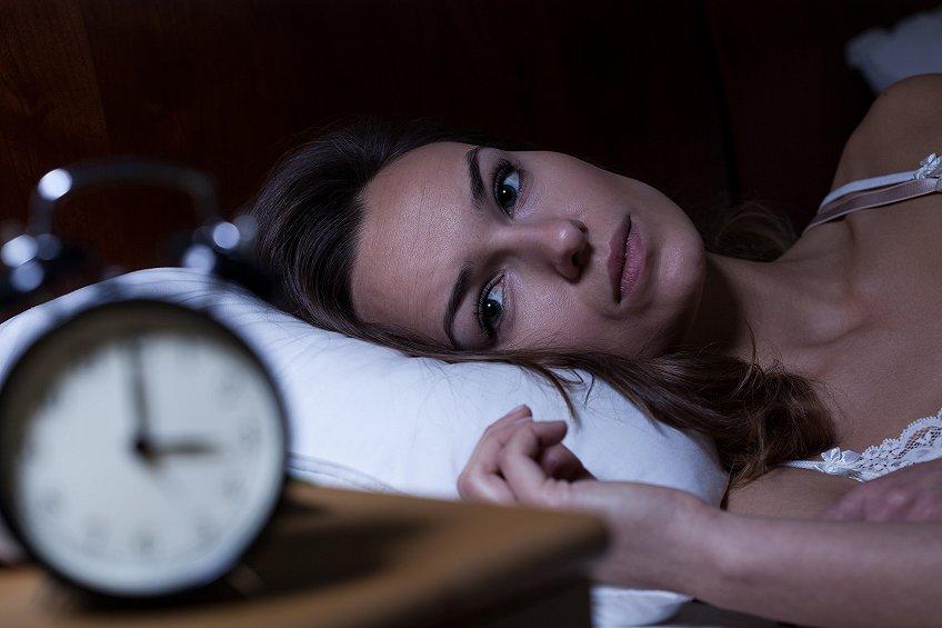睡不着的夜晚,你们都会选择用听歌来排解心情吗?