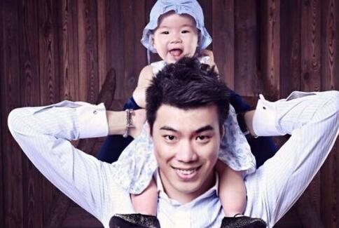 父母被牵连,黄毅清不堪骂声发了飙:这辈子不会让你再留言
