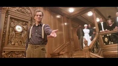 你们有没有泰坦尼克号最后一幕那两张截图就是jack刚开始背对着rose