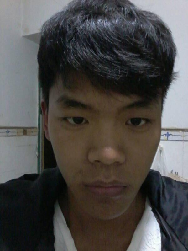 头小,瓜子脸,男生理什么发型好看.图片