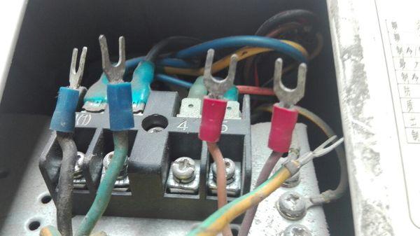 格力空調室外機怎么接線