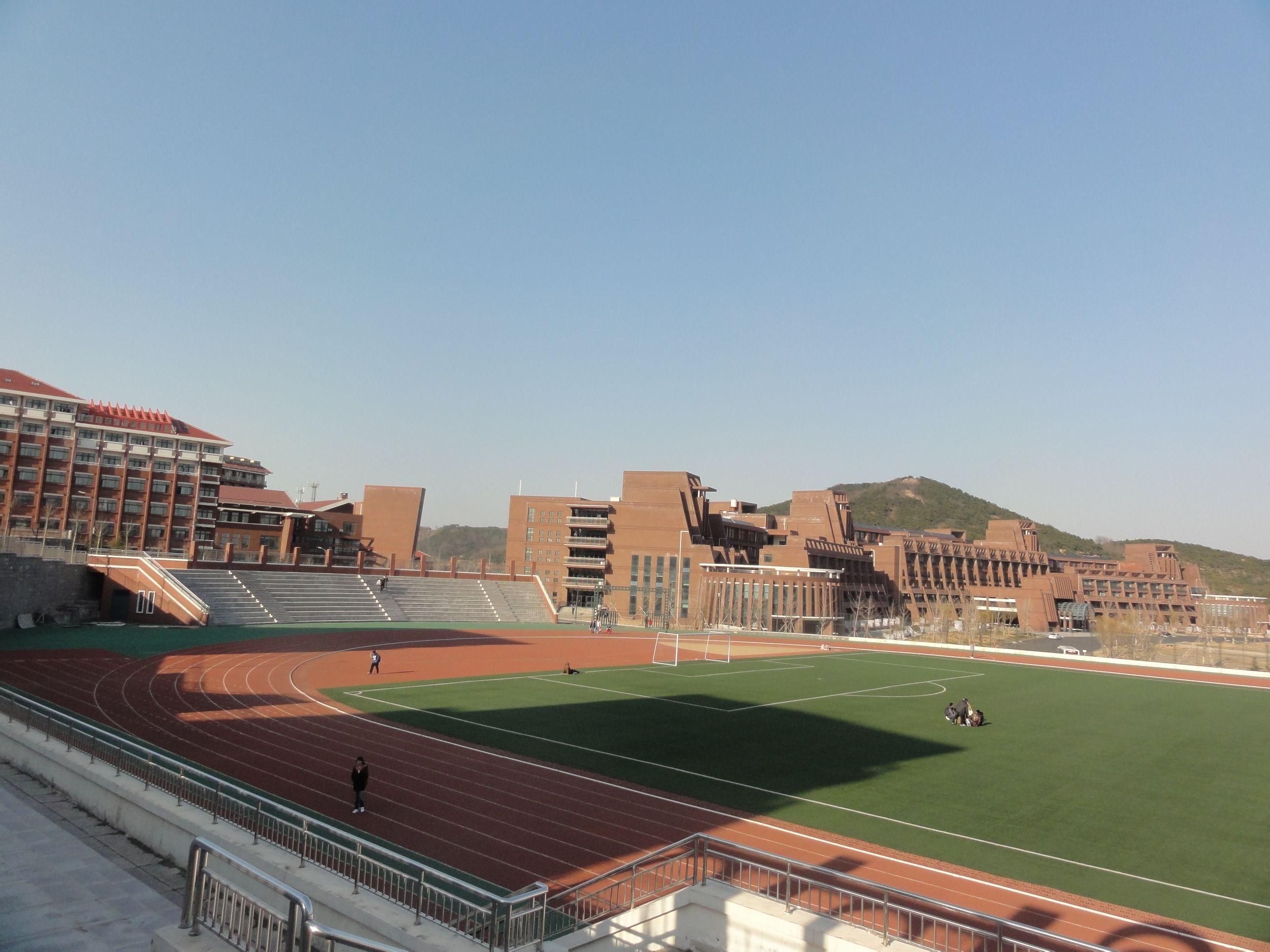青岛理工大学黄岛新校区 已建部分图片