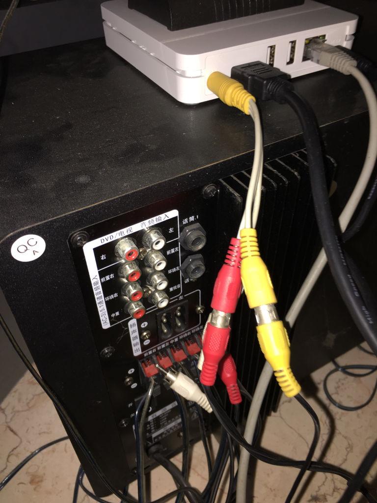 天谱音响ap8560连接到电视机三根线应该怎么插