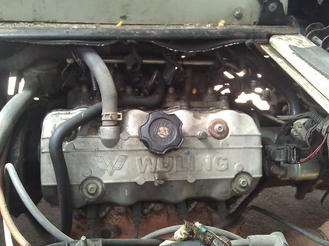五菱之光发动机节气门的位置,我想自己diy清洁节气门图片