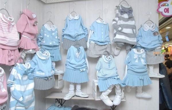 开童装店如何陈列货品,童装店陈列图片欣