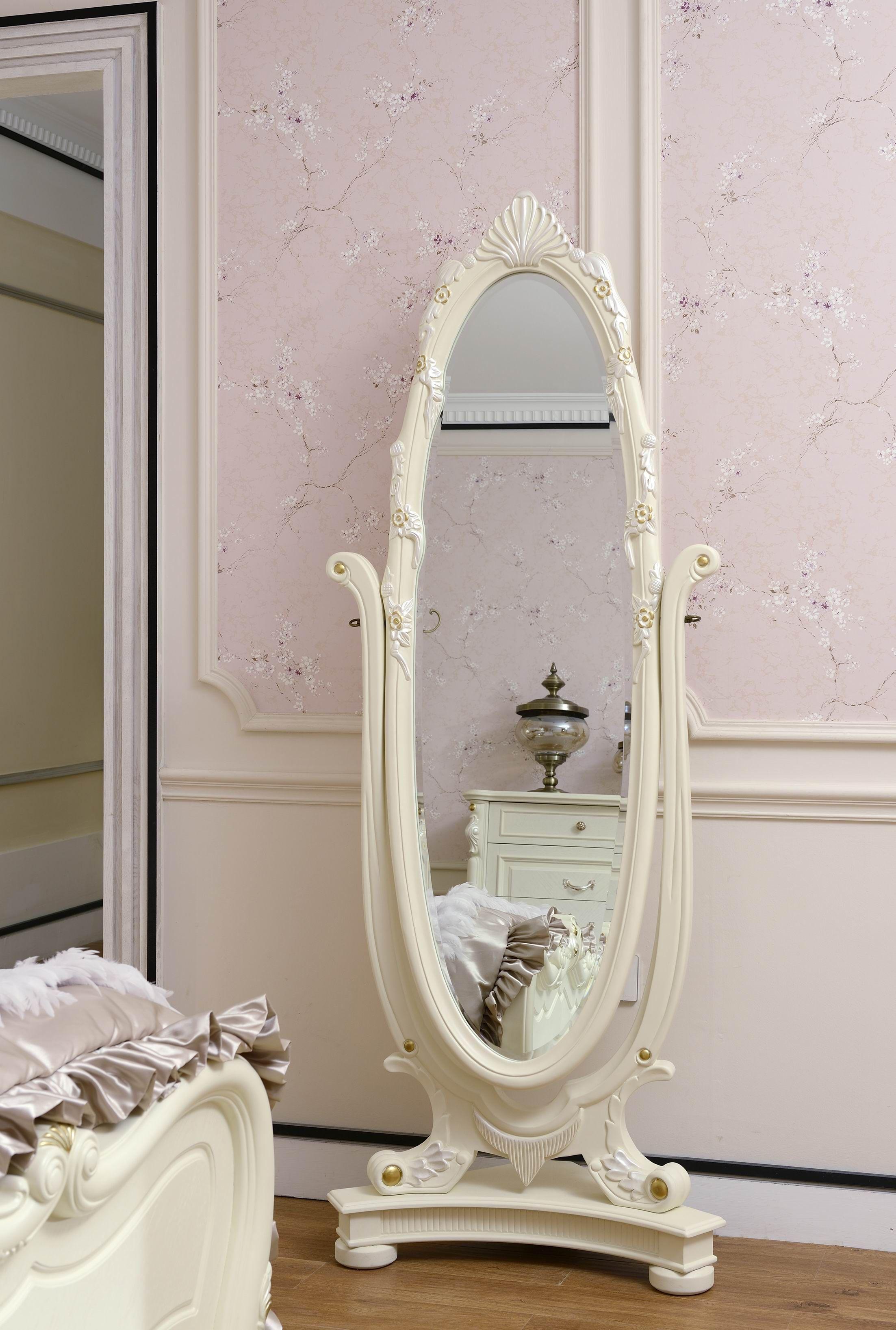 白色简欧式家具,配什么颜色的墙壁好看