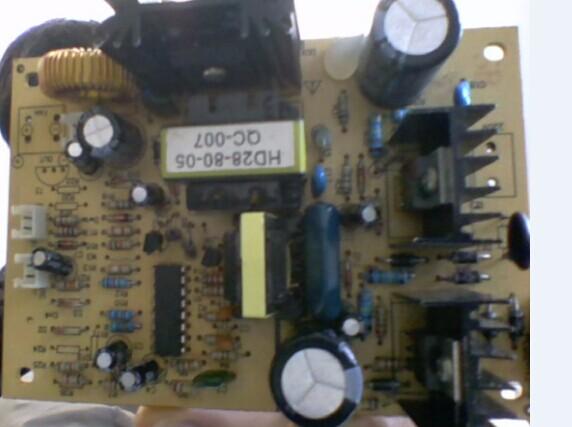 电路板,电源输出端没有12v输出,我更换了三极管和肖特基二极管和tl494